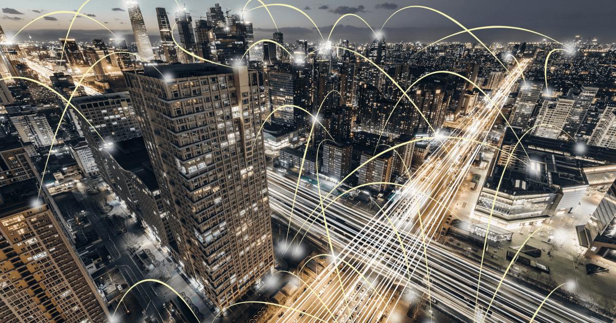 Bild på storstad illustrerar finansiella transaktioner